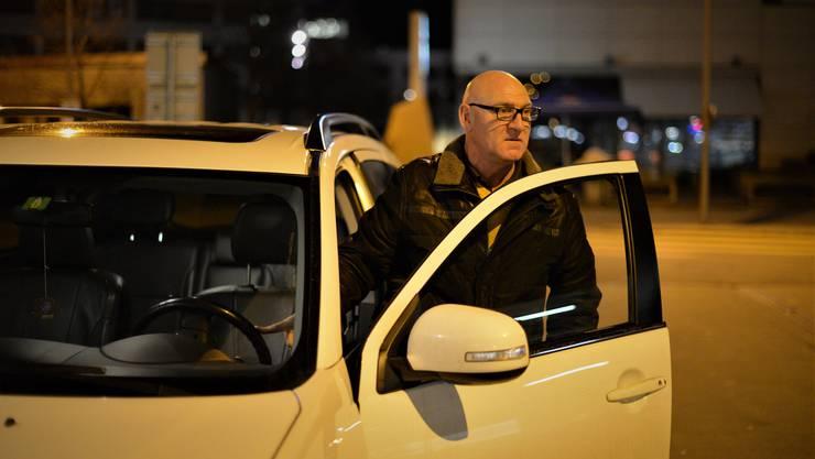 «Wer noch selber anrufen kann, ist in der Regel angenehme Kundschaft»: Nez-Rouge-Vizepräsident Steve Bärtschi, konzentriert im Einsatz.