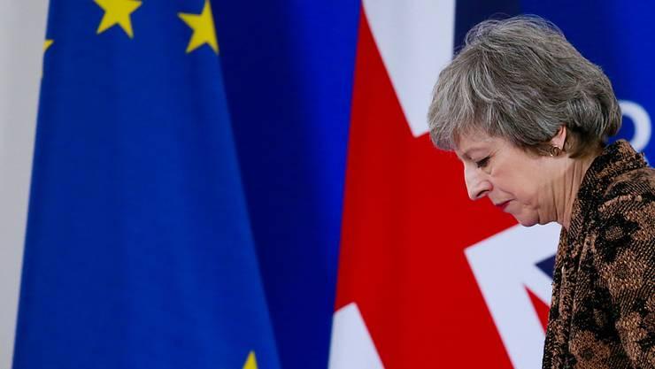 Mays Hauptproblem sind die Brexit-Ultras in den eigenen Reihen. Diese reden dem Volk ein, Brüssel werde noch rechtzeitig zu Kreuze kriechen.