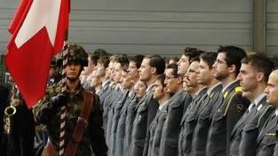Die Armee soll nach dem Willen der Schweizerischen Offziersgesellschaft ab 2020 sechs Milliarden Franken erhalten. (Symbolbild)