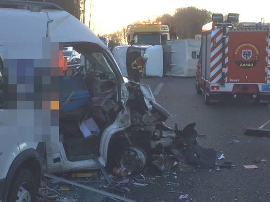 Die Autobahn musste nach dem Unfall gesperrt werden.