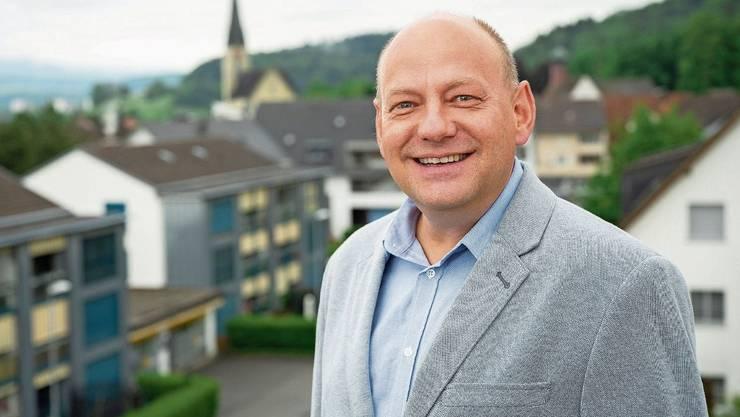 Valentin Schmid ist in Spreitenbach verwurzelt und bleibt dem Dorf erhalten. Er wird aber nicht mehr aktiv politisieren.