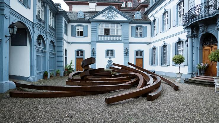 Art Parcours: «Effondrement: Arcs» von Bernar Venet
