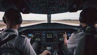«Ich han d'Schnauze voll vo dem huere Drecksplatz»: Swiss-Pilot ist ziemlich genervt