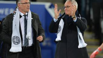 Claudio Ranieri (rechts) besuchte vor vier Tagen mit Leicester-Schal noch ein Premier-League-Spiel seines Ex-Klubs gegen Burnley. Nun ist er neuer Trainer von Fulham