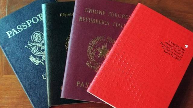 Die Zahl der Einbürgerungen in der Schweiz könnte mit dem neuen Bürgerrechtsgesetz zurückgehen (Symbolbild).