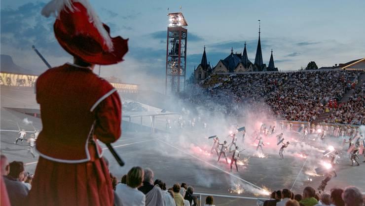 Die letzte Fête des Vignerons hat in Vevey im Jahr 1999 stattgefunden. Damals lockte das Spektakel rund eine halbe Million Besucher an, dieses Mal sollen es doppelt so viele werden.