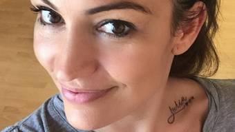 Ex-Bachelorette Frieda Hodel trägt nun den Namen ihrer Tochter Zuria auf der Schulter. (Instagram)