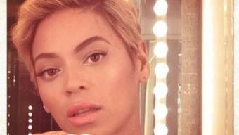 Hat die Haare kurz: Beyoncé