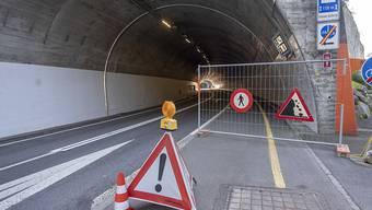 Die Axenstrasse ist nach Steinschlag und Murgang nun auch für den Langsamverkehr wieder geöffnet. (Archivbild)