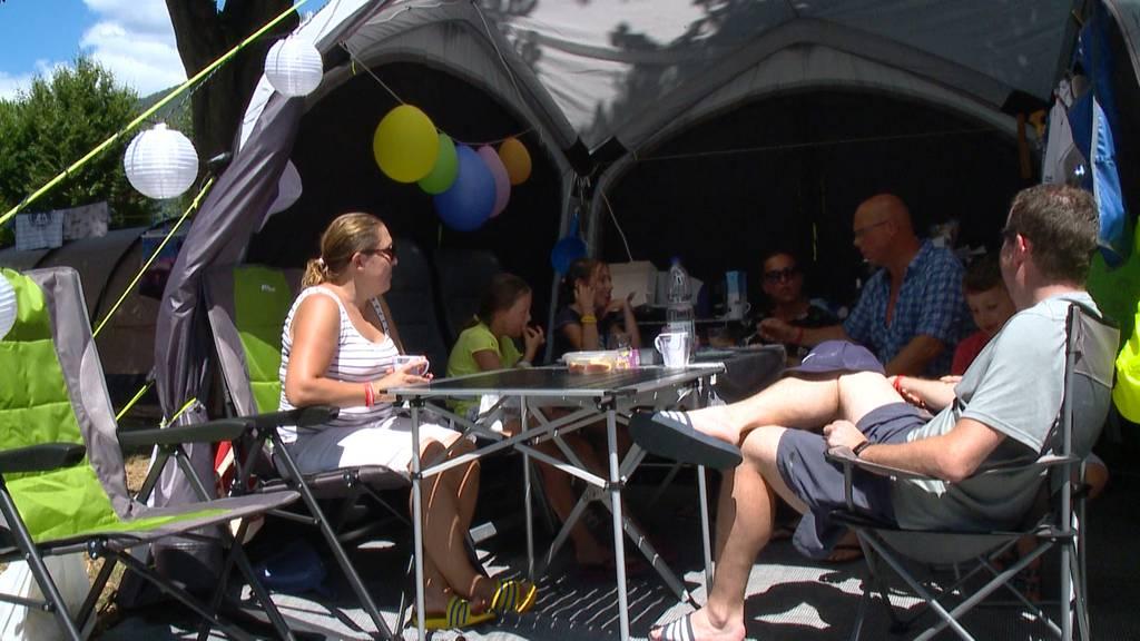 Das Tessin im Campingfieber: So verbringen die Schweizer ihre Sommerferien
