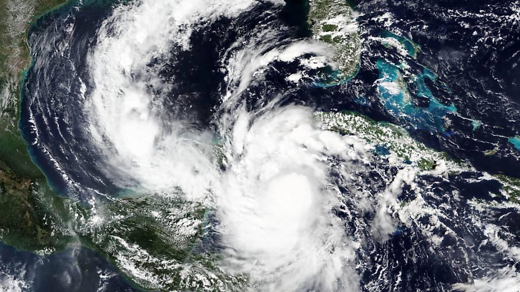 Dieses von der NASA veröffentlichte Satellitenbild zeigt den Hurrikan «Delta» aus dem Weltraum. Foto: -/NASA/AP/dpa