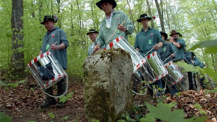 Die Menschenmassen und ihr Lärm können an Banntagen – hier derjenige in Liestal 2009 – die Jungtiere im Wald erschrecken.