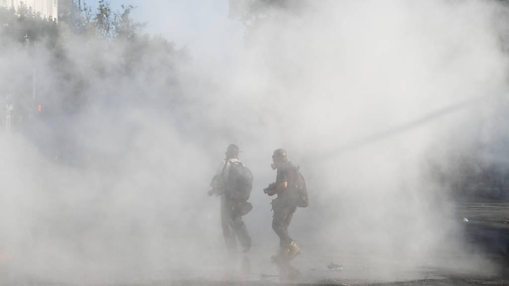 Krawalle in Chile nach tödlichem Polizeieinsatz gegen Strassenkünstler