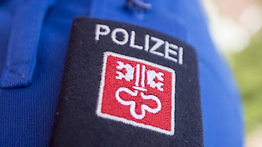 Auto gestreift und weitergefahren – Polizei sucht Zeugen