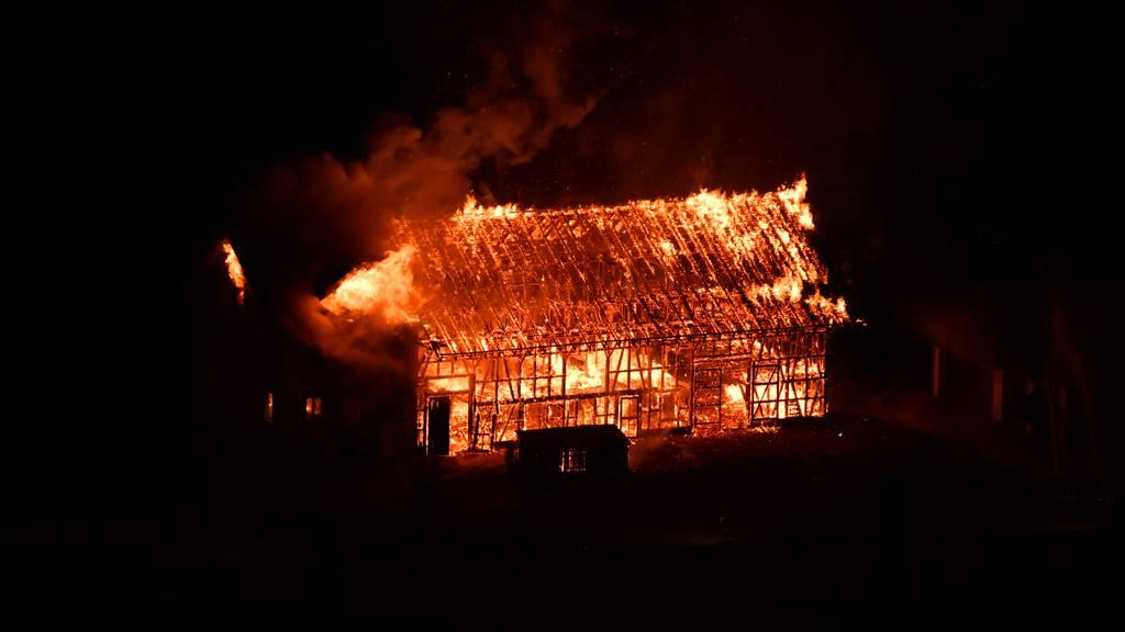 Bauernhof komplett abgebrannt – zu Übungszwecken