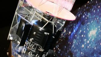 Premiere: Das Herschel-Teleskop ermöglicht erstmals, Sterne bei ihrer Entstehung zu beobachten.