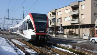 Die Seetalbahn beim Bahnhof Lenzburg.  Archiv