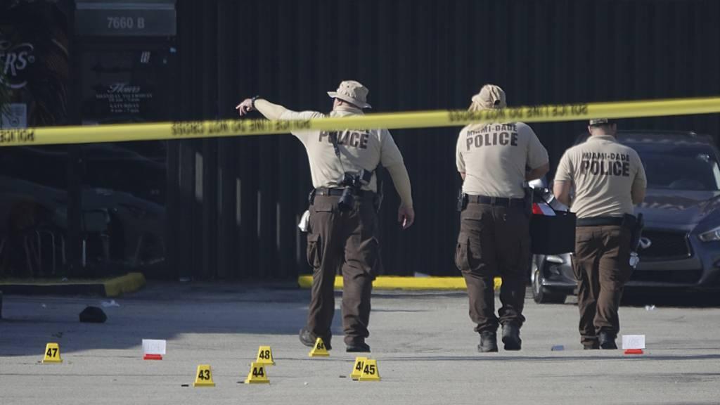 Schüsse vor Club im US-Staat Florida - zwei Tote und 20 Verletze