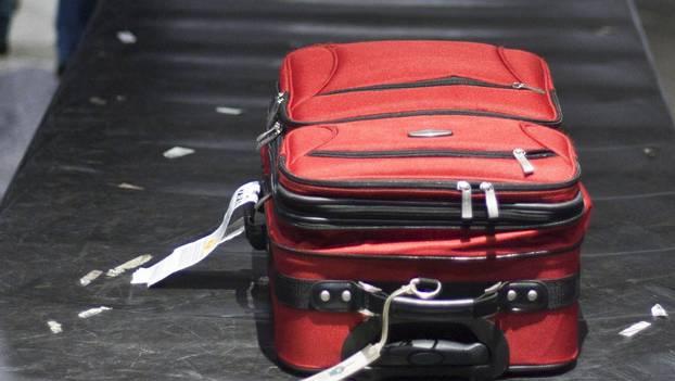 850 Kilogramm Drogen und 10 Verhaftungen – am Flughafen Zürich haben Grenzbeamten alle Hände voll zu tun. (Symbolbild).