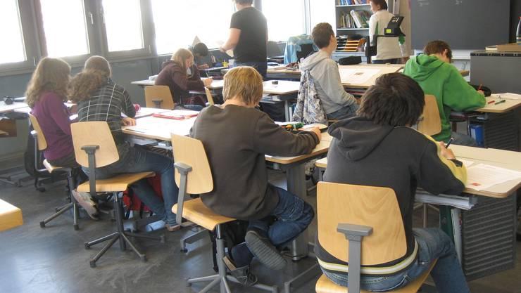 Lehrerinnen und Lehrer, die im Kanton Zürich eine «schwierige» Klasse unterrichten, sollen dafür finanziell belohnt werden.
