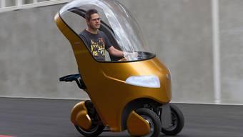 Sieht so die Mobilität der Zukunft aus? Das sogenannte Bicar ist eine Mischung aus Velo und Auto.