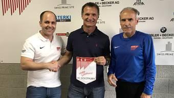 Club-Präsident Samuel Scheidegger, der neue Trainer Dariusz Skrzypczak und Hans-Peter «Bidu» Zaugg, der Sportchef wird.