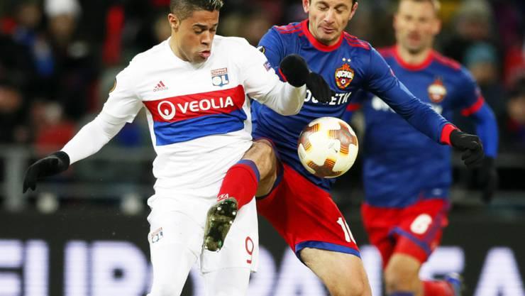 Mariano Diaz (links) spielte für Lyon in der letzten Saison unter anderem in der Europa League gegen Alan Dsagojew und ZSKA Moskau