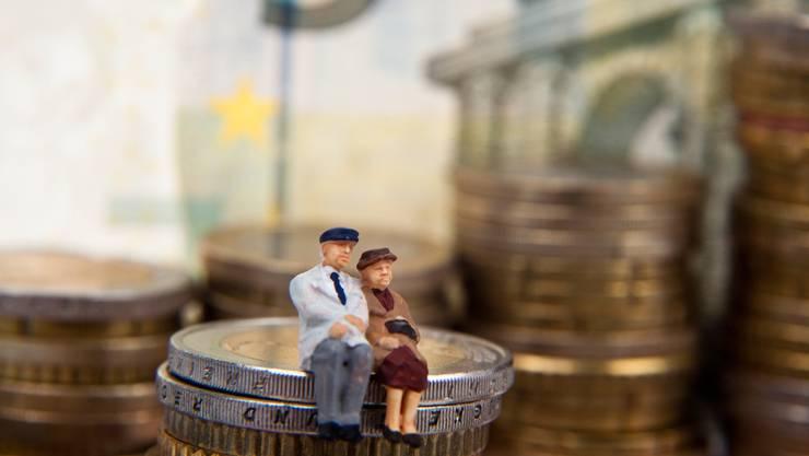 Der Stadtrat will den sinkenden Renditemöglichkeiten der Pensionskasse begegnen. (Symbolbild)