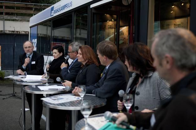 Der az-Wahlkampfbus machte Halt in Leibstadt