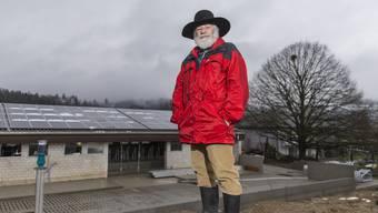 Paul Koller hätte gern weitere Dächer auf seinem Hof in Niederrohrdorf mit Solarzellen ausgestattet – dies lohnt sich finanziell aber nicht für ihn.