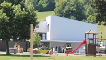 Die Schüler konnten das neue Schulhaus beziehen.