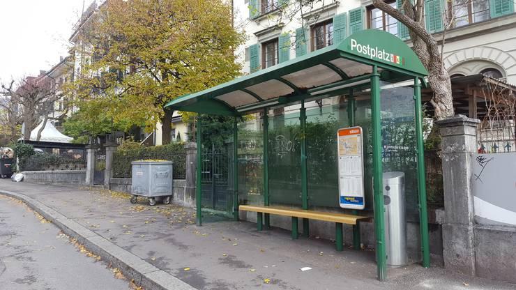 Das Bushaltestelle-Häuschen am Postplatz wird verschwinden.