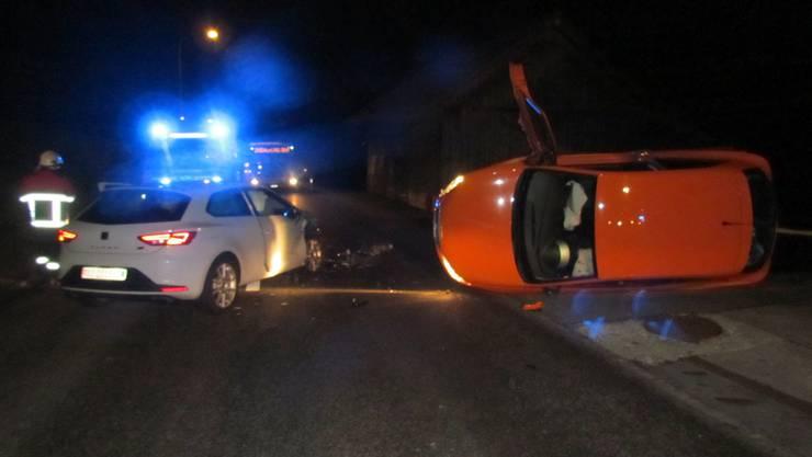Beide Fahrerinnen wurden leicht verletzt.