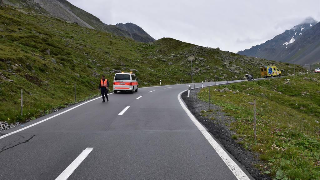 Motorradfahrer wird auf Flüelapass schwer verletzt