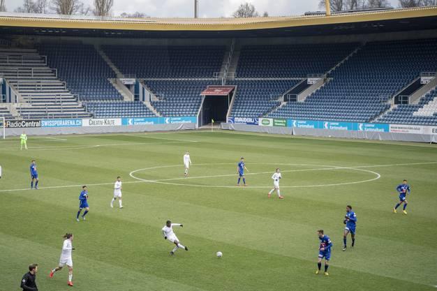 Fussball vor leeren Rängen: Am Samstag empfing der FC Luzern den FC Zürich zu einem Testspiel.