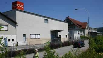 Die OVA-Industriebrache in Affoltern: Hotel, Gewerbebauten, Wohnungen und Pflegeheim werden ab nächstem Jahr realisiert. (Bild Werner Schneiter)