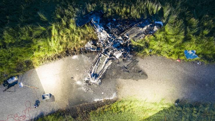 Eine Drohnenaufnahme der Unfallstelle zeigt das Ausmass des Unglücks.