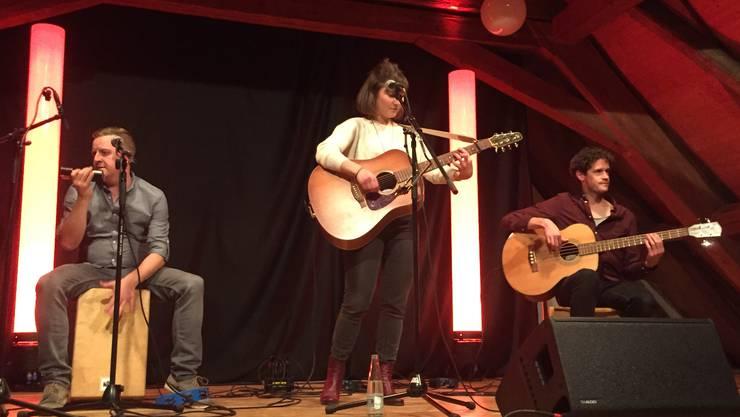 Jasmin Larue und Band