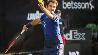 Roger Federer während einer Trainingssession in Stuttgart.