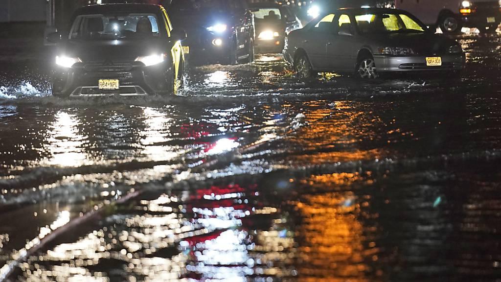 Sieben Tote nach Unwettern in New York