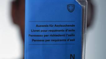 Die Polizei kontrollierte das Asylzentrum in Balm bei Günsberg und in Wangen bei Olten. (Symbolbild)