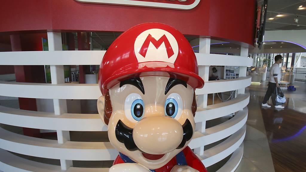 Spielen im Lockdown - die Spielkonsolen von Nintendo sind gefragt. (Archivbild)