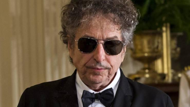 Bob Dylan hat für nächsten April zwei Konzerte in Stockholm angekündigt. Ob er dann den Nobelpreis abholt, ist vorderhand unklar (Archiv)