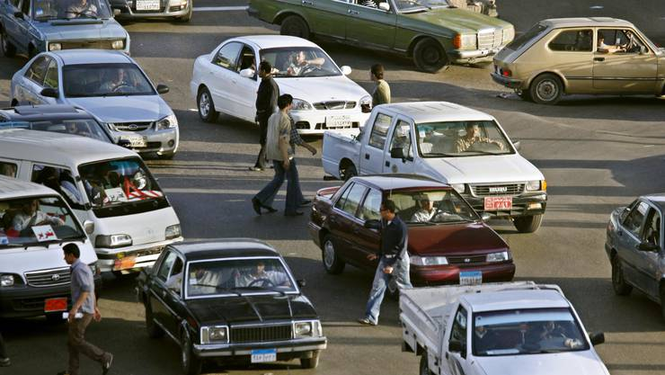 Wer nie in Kairo war, weiss nicht, was Verkehrschaos bedeutet. Die Regierung will deshalb Velowege bauen.