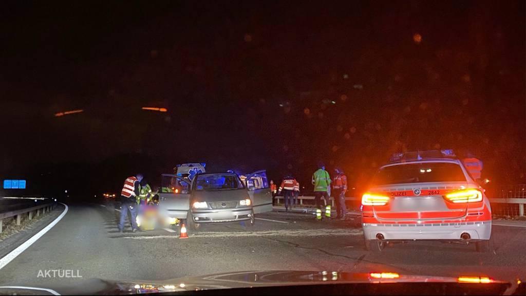 Verfolgungsjagd auf A1 endet mit zwei Unfällen und vier Verhafteten
