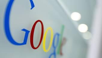 Das Logo von Google. Das Unternehmen publizierte starke Quartalszahlen. (Archiv)