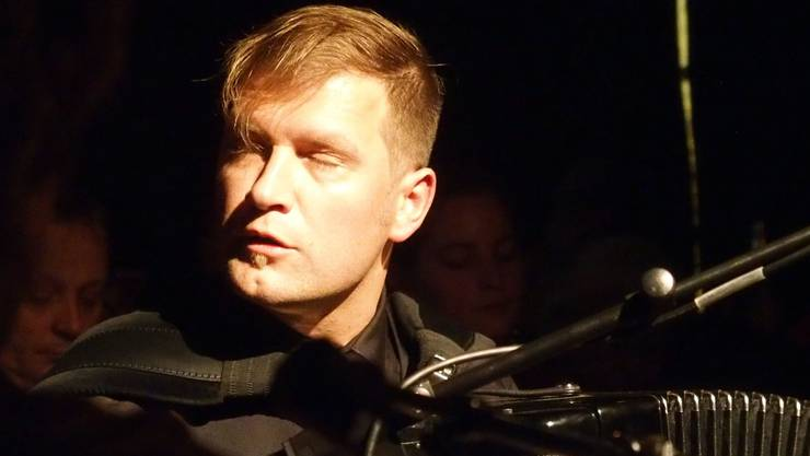 Virtuoser Akkordeonist - Mario Batkovic - einst Mitglied der Kummerbuben.