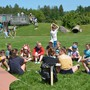 Viele Jahrgänge vereint: 5- bis 16-jährige Aarauer Pfadis am Kennenlern-Postenlauf im Jubiläumslager in Uster. kus