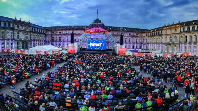 Der «Tatort» als Grossereignis: 4000 Menschen verabschiedeten 2004 auf dem Stuttgarter Schlossplatz die Bodensee-«Tatort»-Kommissarin Klara Blum (Eva Mattes).