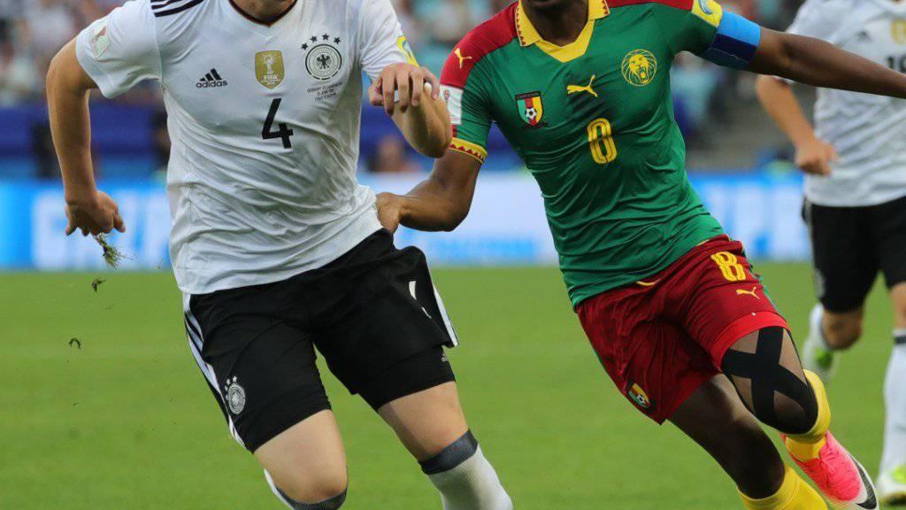 Mathias Ginter (links) gewann mit der deutschen Nationalmannschaft den Confederations Cup